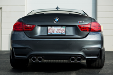 Load image into Gallery viewer, BMW F8X M3/M4 Horizontal Slat Rear Reflector Inserts