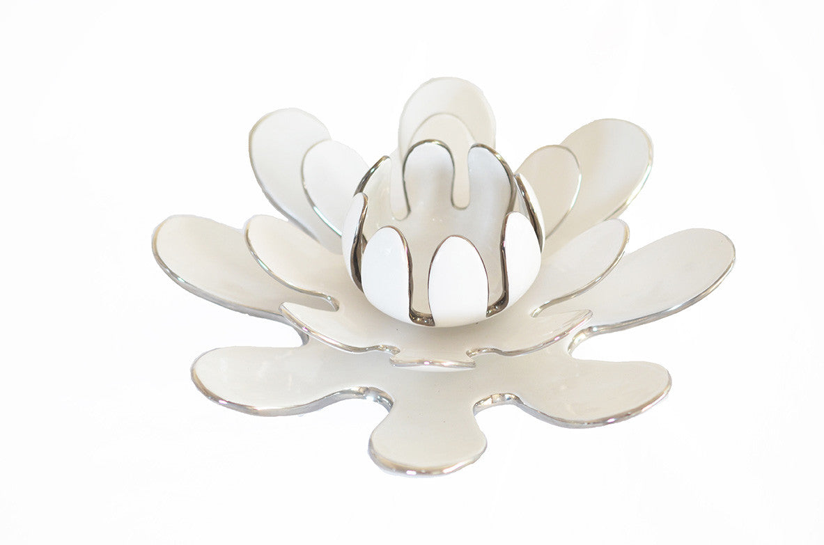 Lotus Flower Candle Holder Centre Piece Quina Cantuta