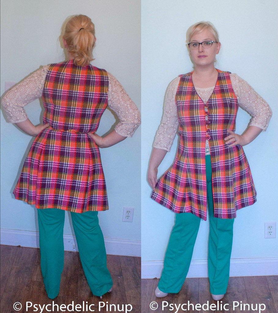 60s 70s Plus Size Vest Tunic Jumper Overdress Purple Plaid Button Front Mod Mini Shift 1960s 1970s w36