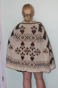 1970s Knitted Cape Shawl Poncho Cardigan Button Front Brown Ivory Checker Hearts One Size Plus 70s Fall Sweater
