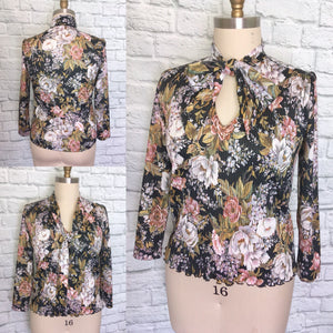 1970s 70s Top Hippie Boho Shirt Blouse Disco Micro Pleated Pussy Bow Key Hole Floral Print Size Large L