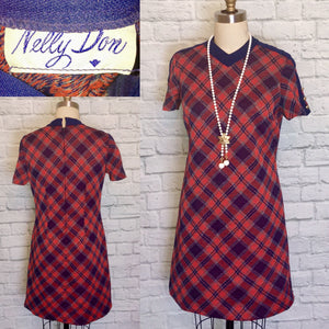 1970s 60s Mod Shift Red Navy Plaid  Bias short Sleeve Gogo size medium large