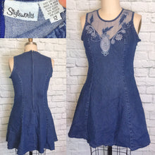 Load image into Gallery viewer, 90s Denim Blue Dress Fishnet Appliques Princess Cut Dress Mini Length Front Size Large 12 W35