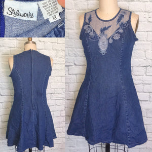 90s Denim Blue Dress Fishnet Appliques Princess Cut Dress Mini Length Front Size Large 12 W35