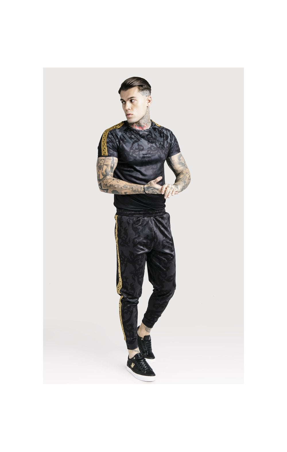 Load image into Gallery viewer, SikSilk x Dani Alves Taped Gym Tee - Black (3)