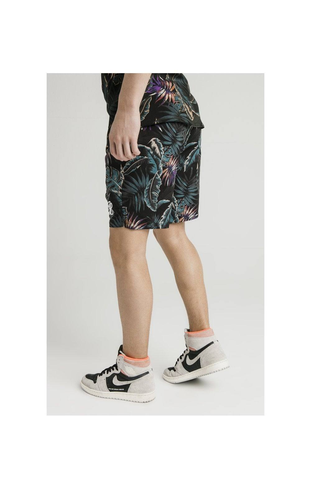 Illusive London Swim Shorts - Palm Print (3)