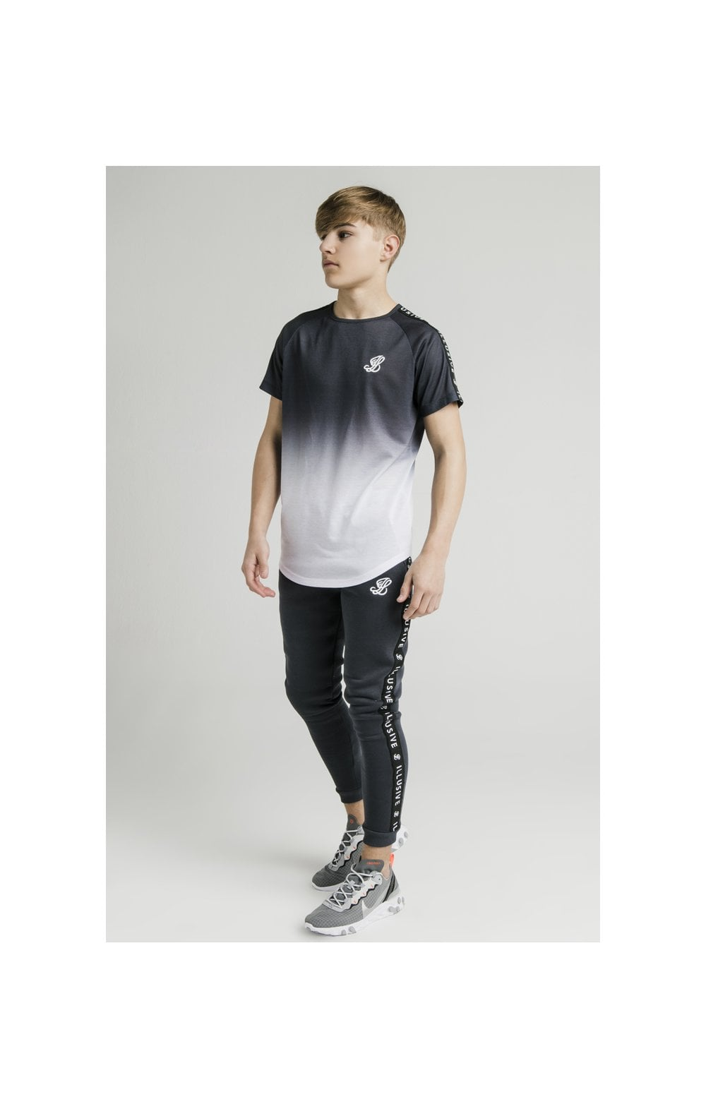 Load image into Gallery viewer, Illusive London S/S Fade Taped Tee - Grey & White (3)