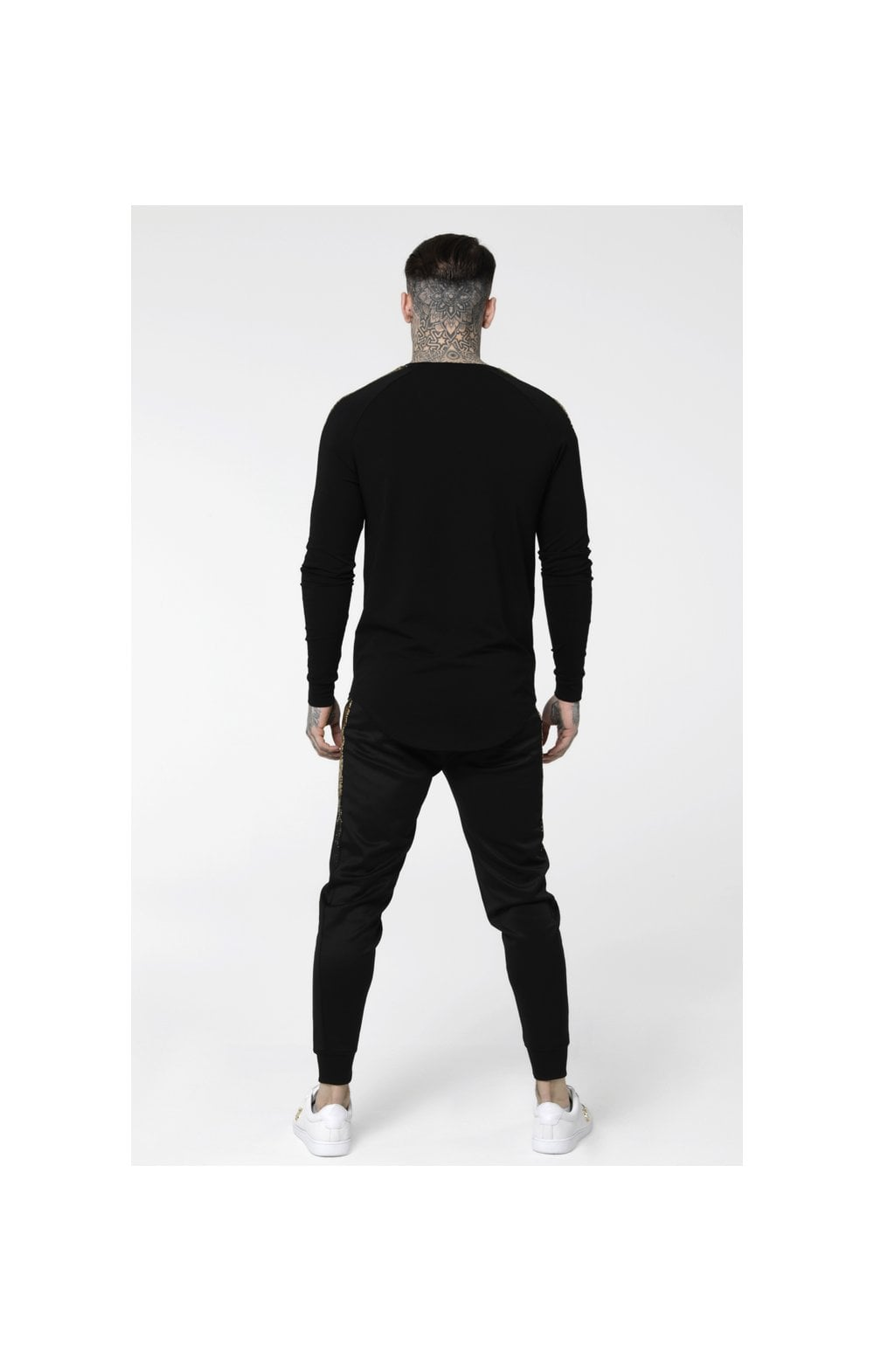 Load image into Gallery viewer, SikSilk L/S Foil Fade Panel Tee - Black & Gold (4)