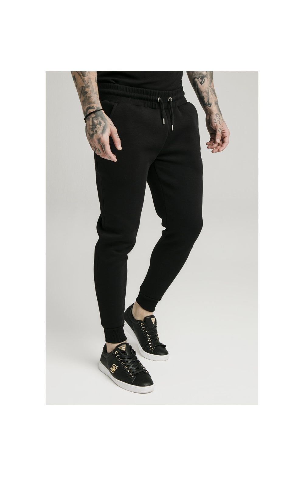 SikSilk Muscle Fit Jogger – Black (2)