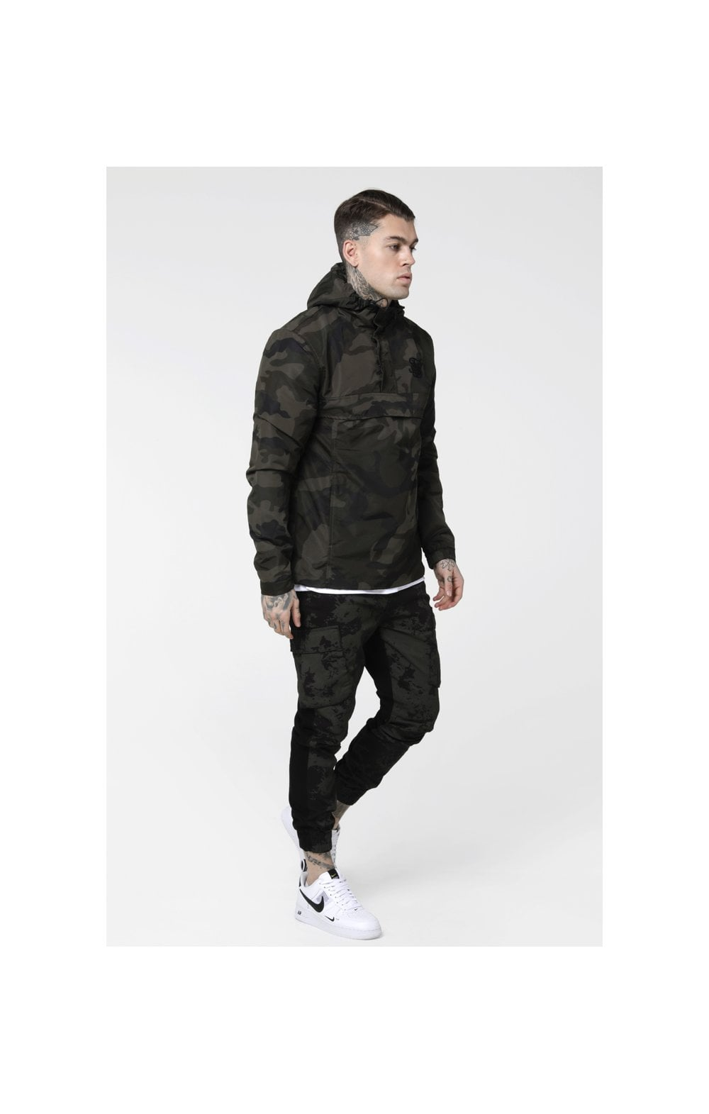 Load image into Gallery viewer, SikSilk Energy Windbreaker – Woodland Camo (4)