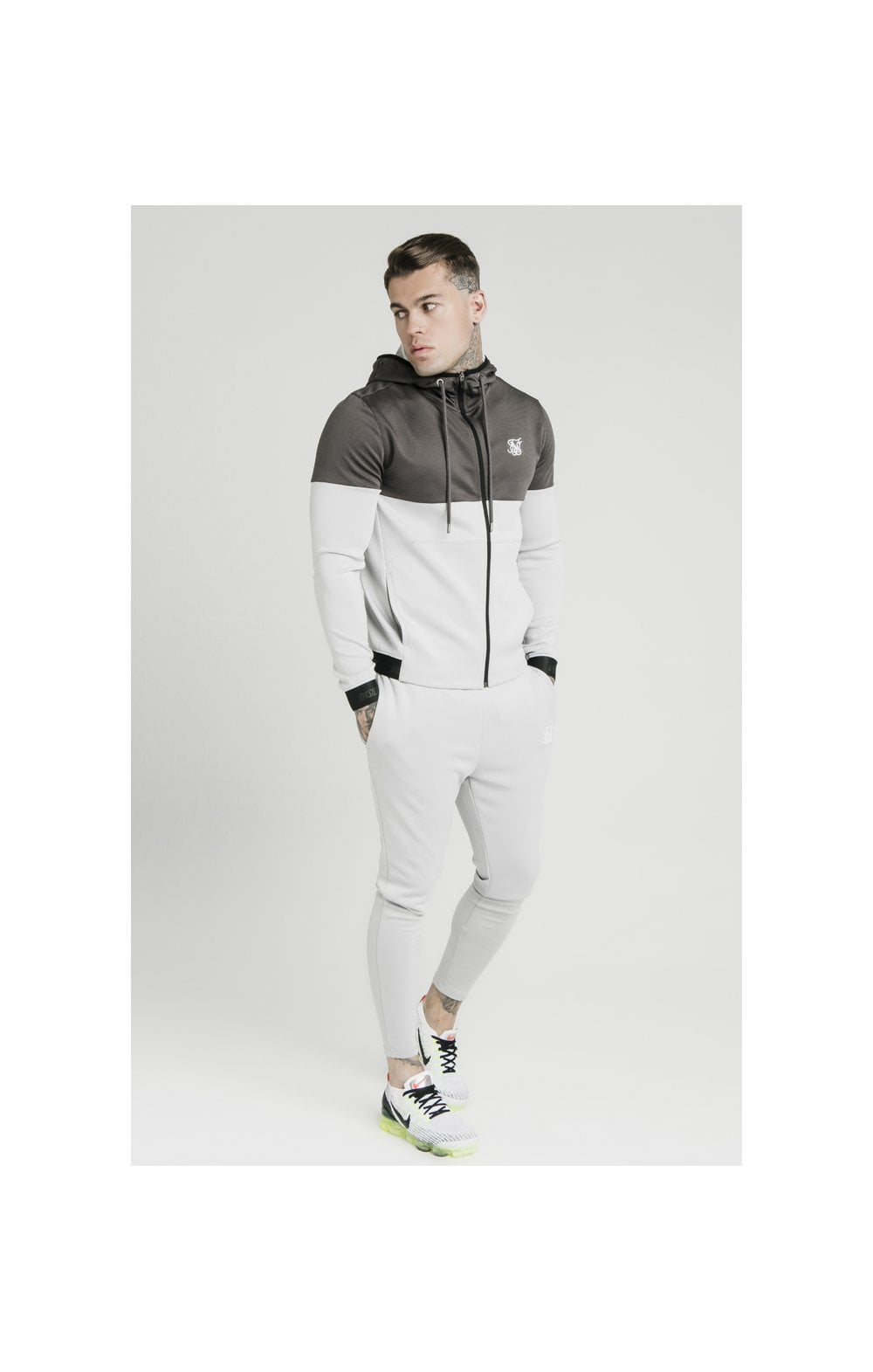 Load image into Gallery viewer, SikSilk Colour Block Agility - Anthracite & Ice Grey (3)
