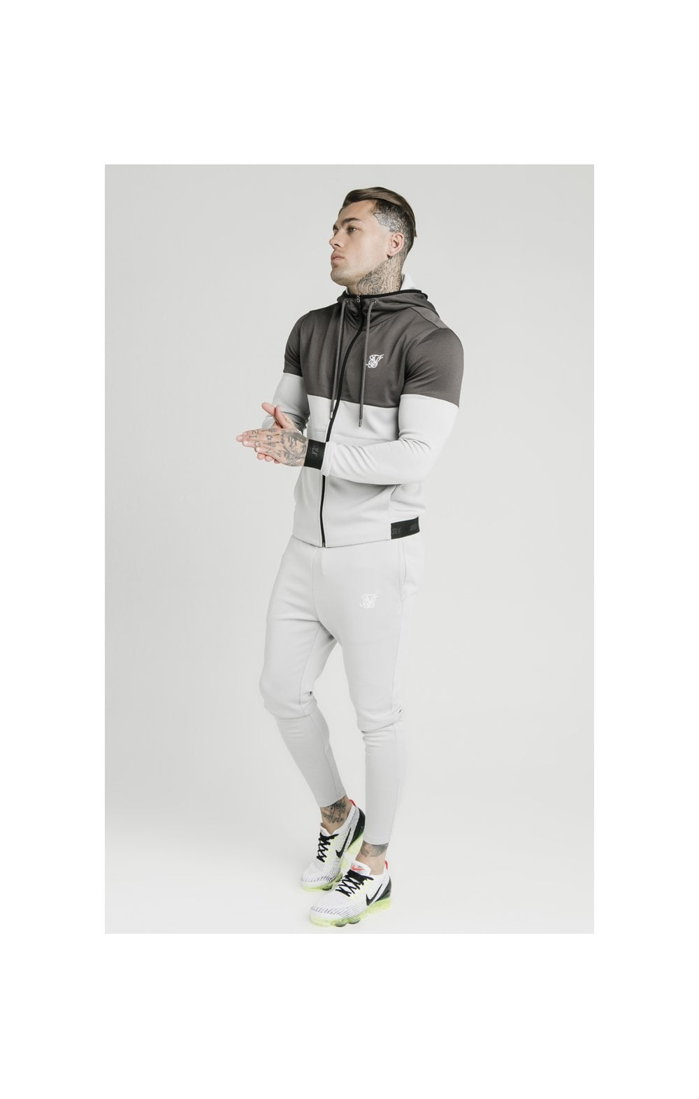 Load image into Gallery viewer, SikSilk Colour Block Agility - Anthracite & Ice Grey (4)