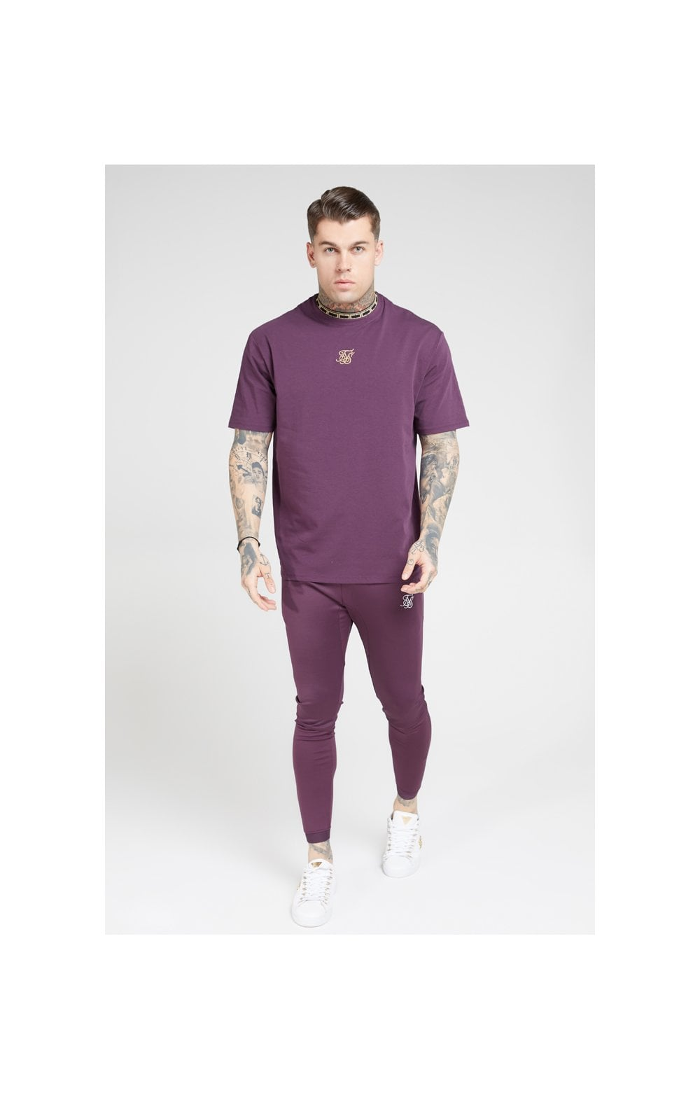 Load image into Gallery viewer, SikSilk Tape Collar Essential Tee - Burgundy & Gold (2)