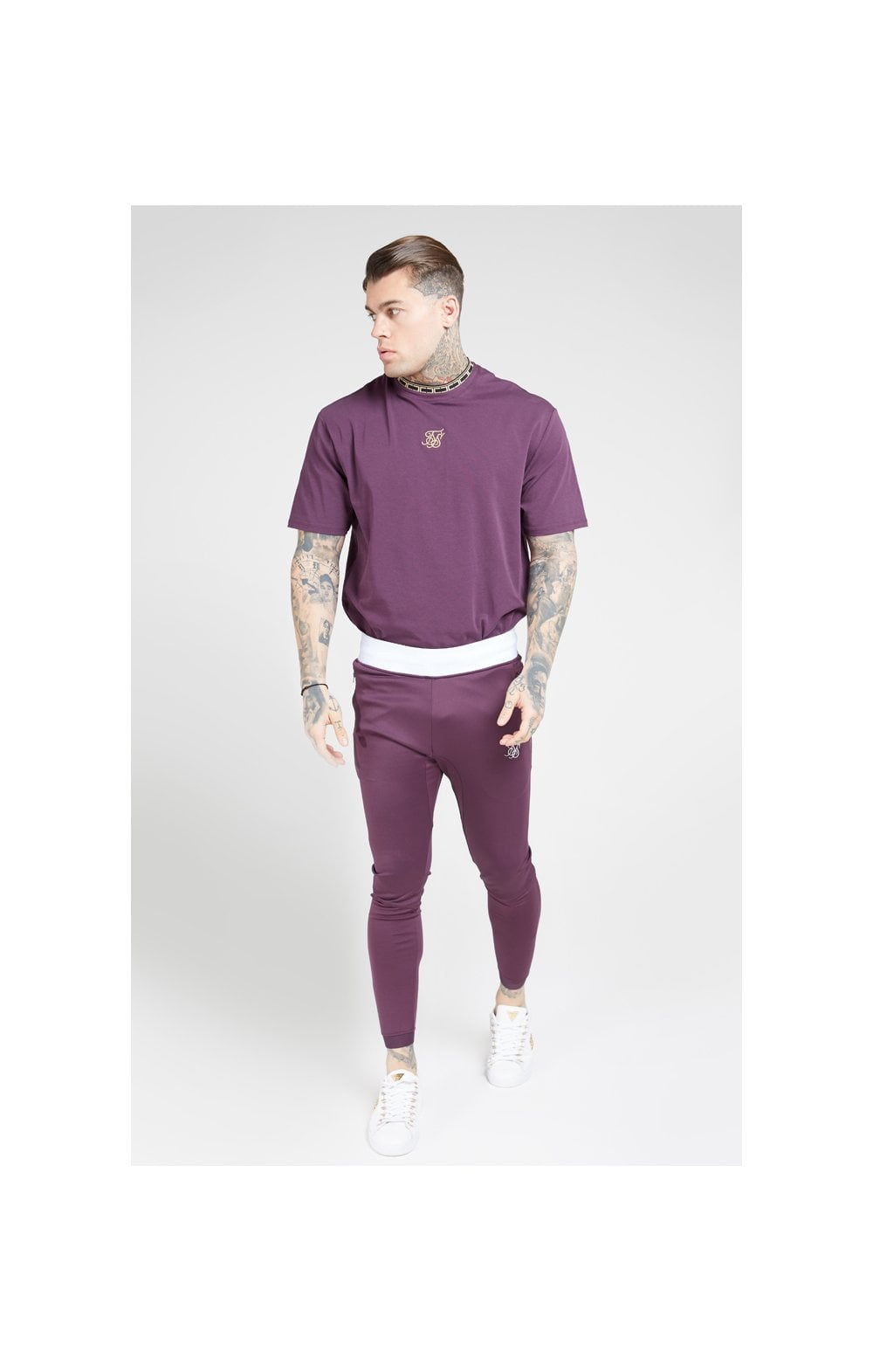 Load image into Gallery viewer, SikSilk Tape Collar Essential Tee - Burgundy & Gold (3)