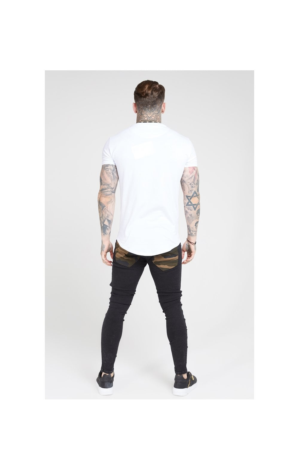 SikSilk Tape Collar Gym Tee - White & Gold (4)