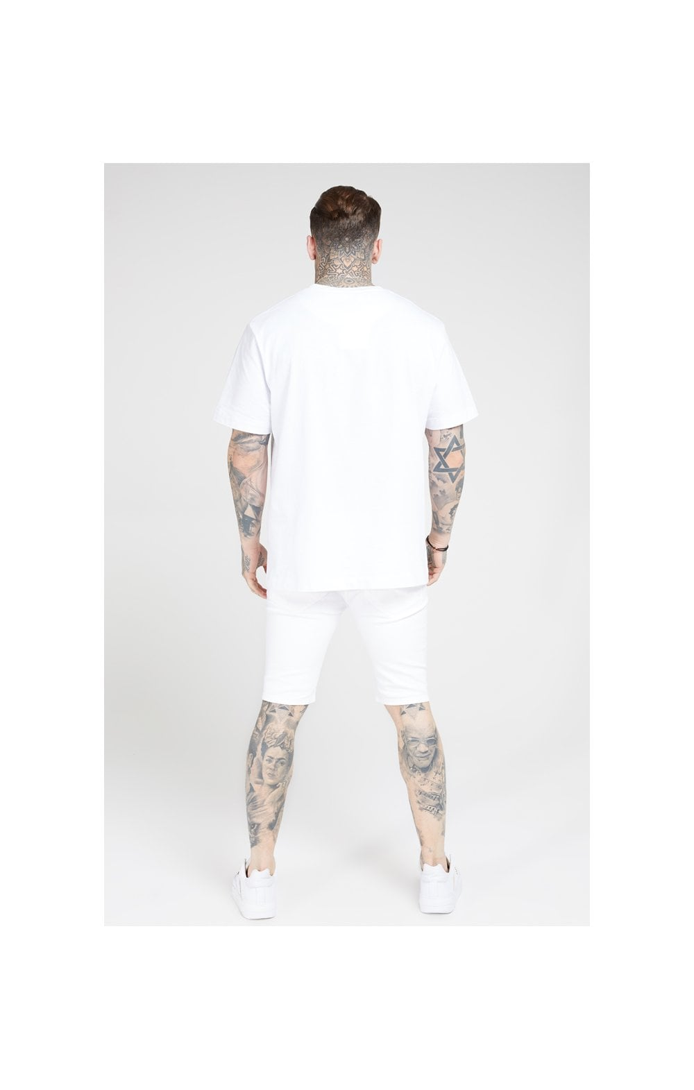 SikSilk Elasticated Waist Distressed Denim Shorts – White (5)