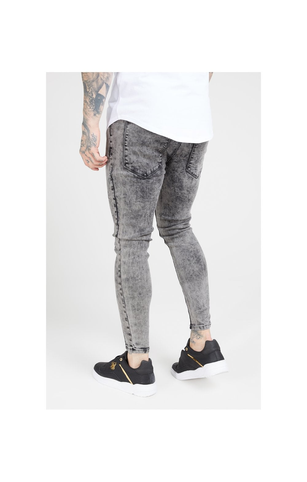 Load image into Gallery viewer, SikSilk Pleated Drop Crotch Denims – Snow Wash (1)