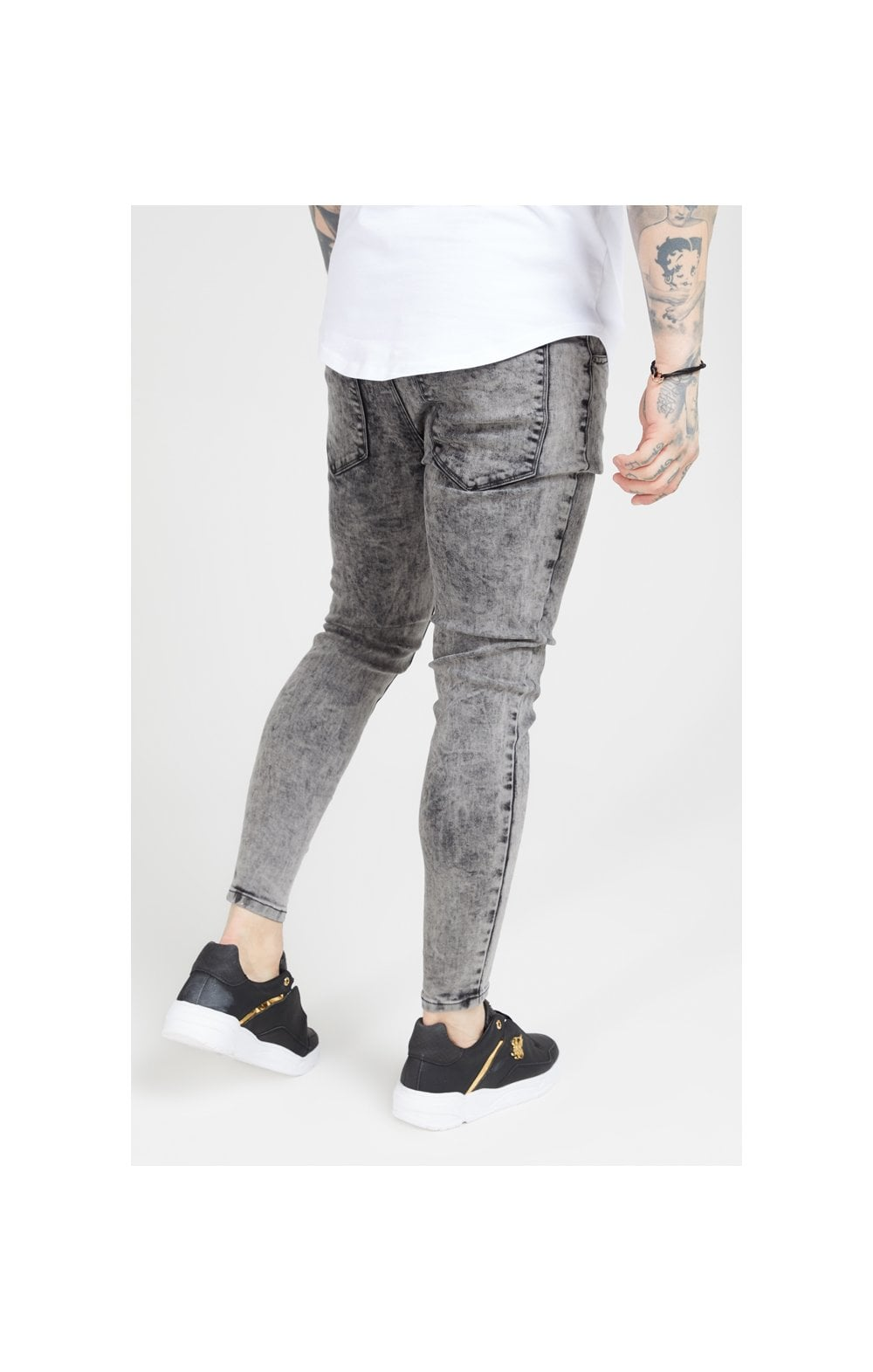 Load image into Gallery viewer, SikSilk Pleated Drop Crotch Denims – Snow Wash (2)
