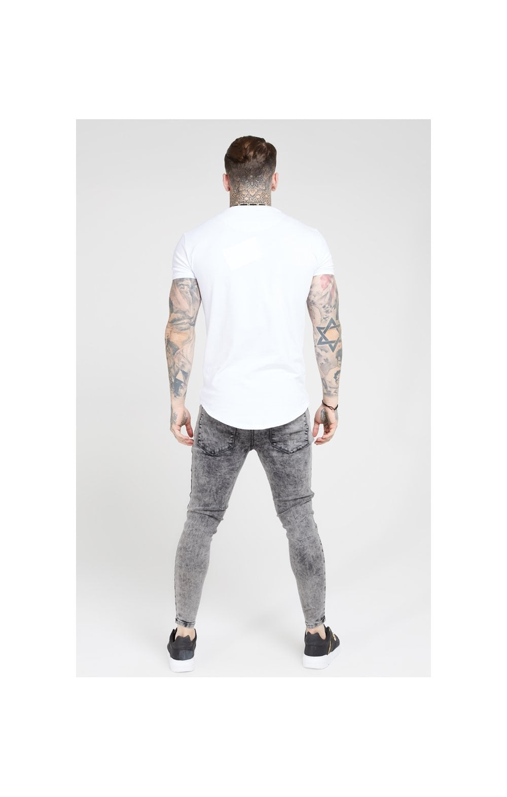 Load image into Gallery viewer, SikSilk Pleated Drop Crotch Denims – Snow Wash (4)