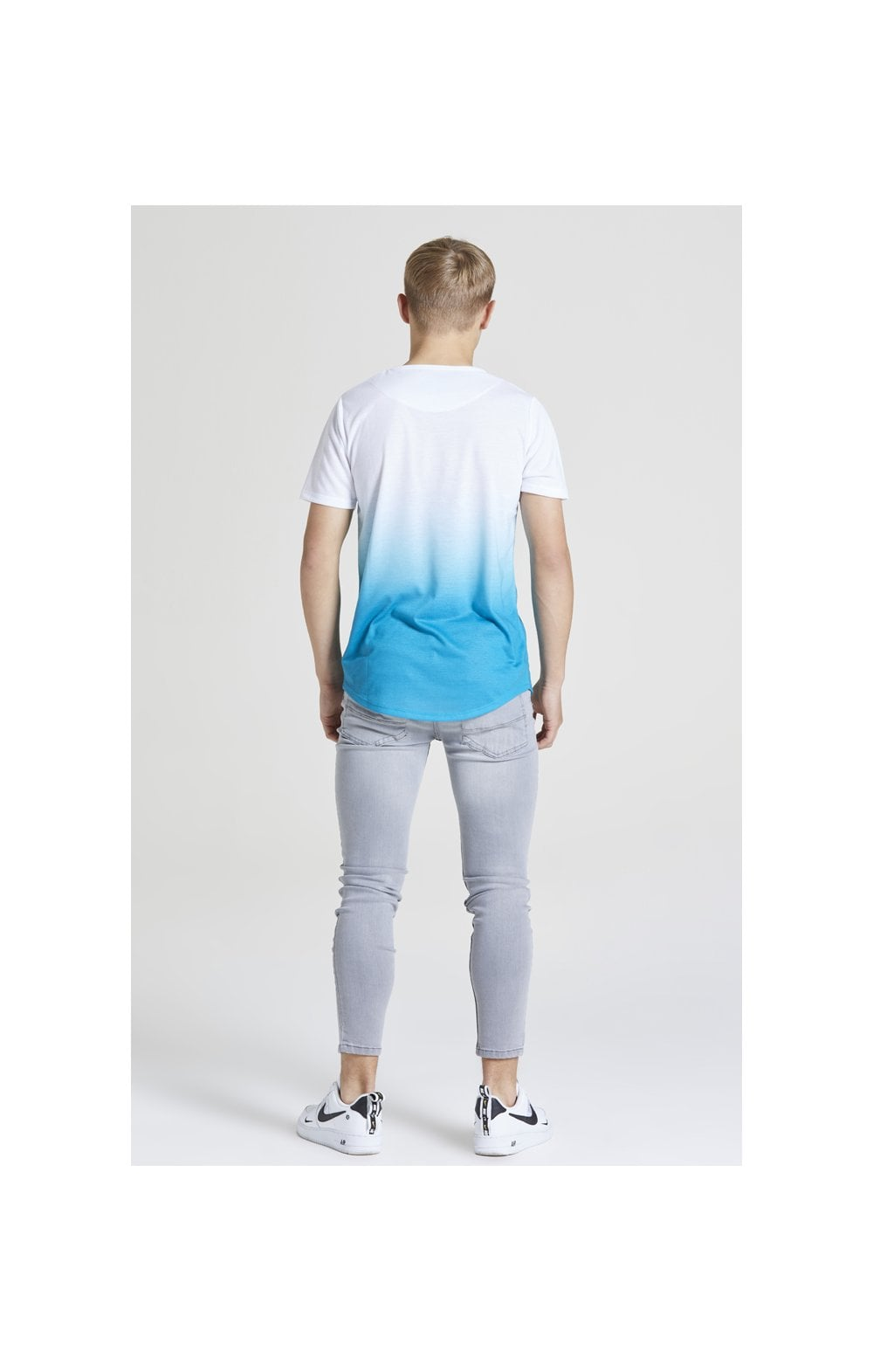 Illusive London Core Fade Tee – White & Teal Green (5)