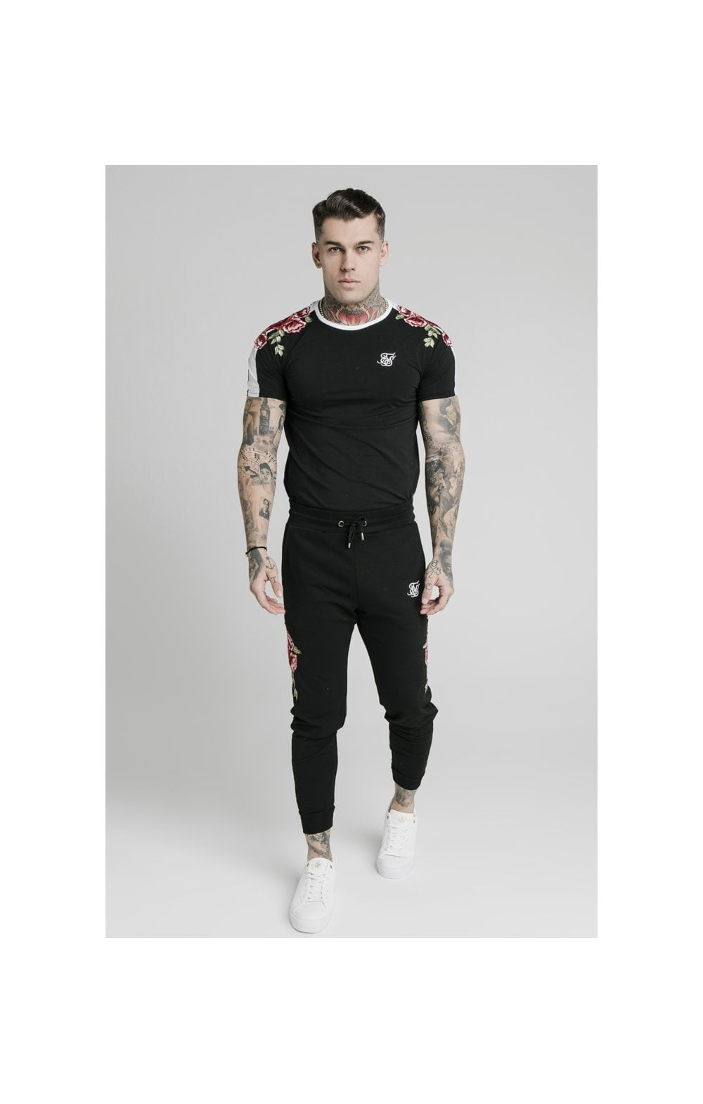SikSilk Straight Hem Applique Gym Tee - Black MEN SIZES TOP: Extra Large