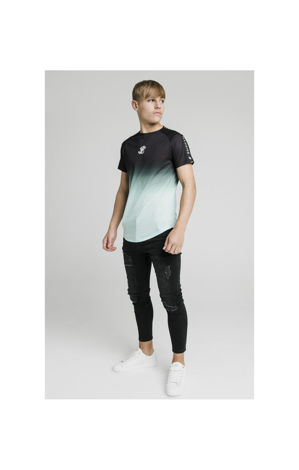 Load image into Gallery viewer, Illusive London Tape Fade Logo Tee - Black & Mint (1)