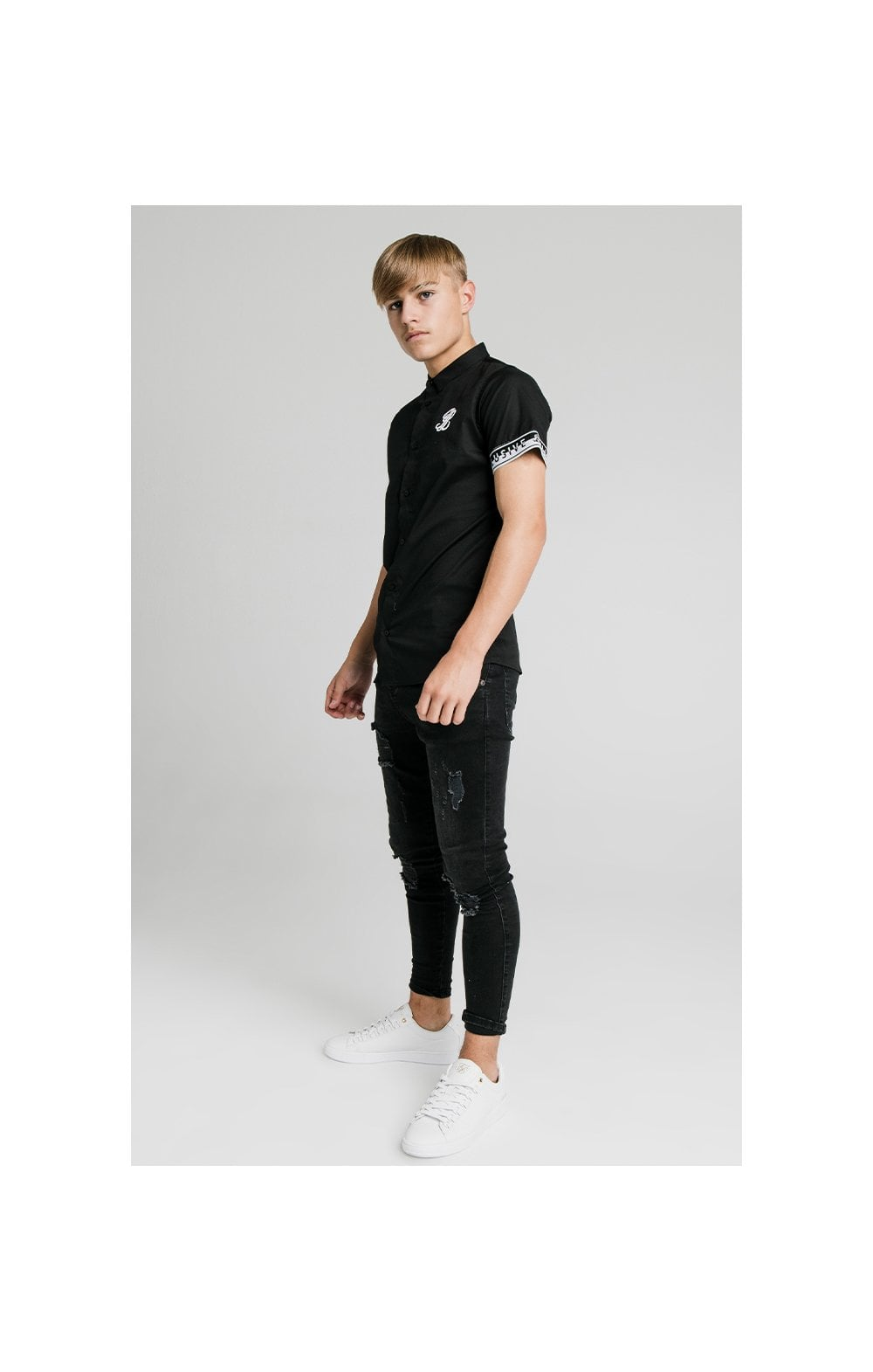 Illusive London Contrast Tape S/S Shirt - Black (3)