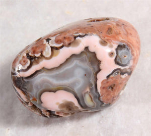 Australian Wave Hill Agate for your pocket