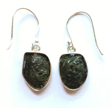 Load image into Gallery viewer, Blue Agate Geode Druzy Earrings