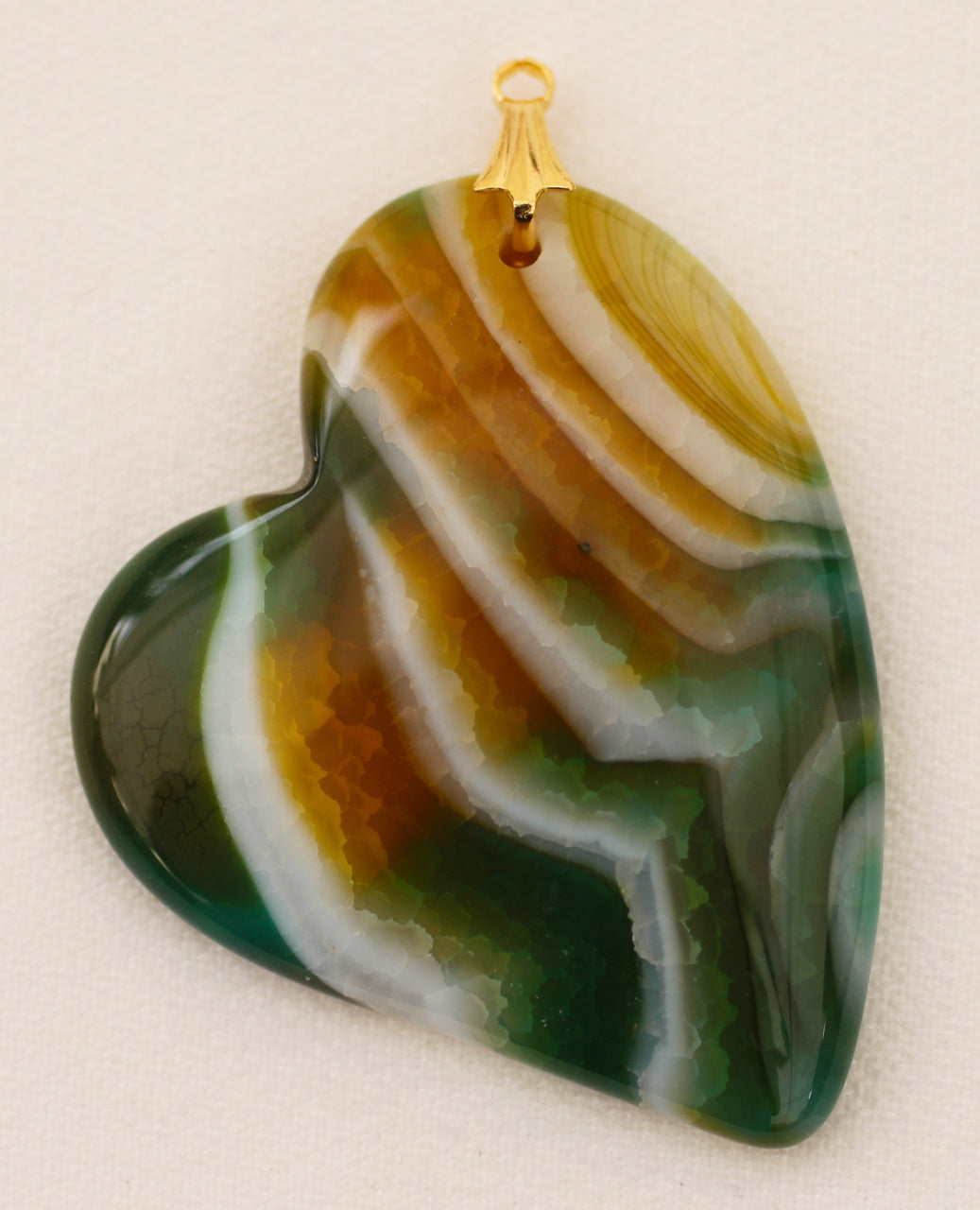 Dragon Veins Agate Pendant Lovers Heart in Green and Gold