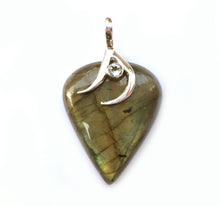 Load image into Gallery viewer, Labradorite Pendant in Gold-Green with Blue Topaz