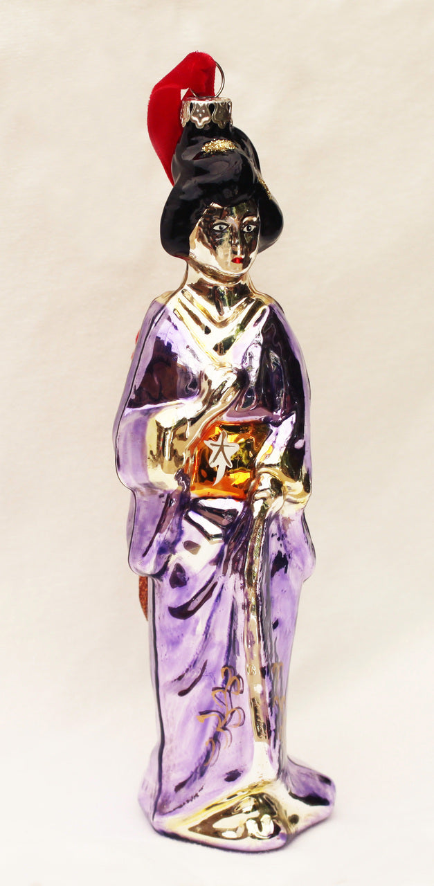 Geisha Ornament in Lavender