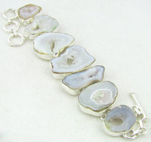 Load image into Gallery viewer, Quartz Druzy Crystal Silver Link Bracelet