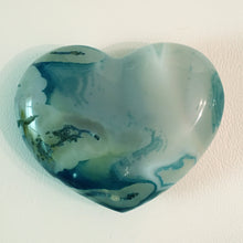 Load image into Gallery viewer, Blue Agate Puffy Heart No. 32