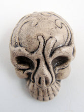 Load image into Gallery viewer, Skull Mask Ceramic Bead