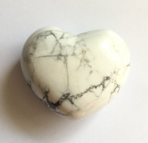 Howlite Heart 45mm puffy heart
