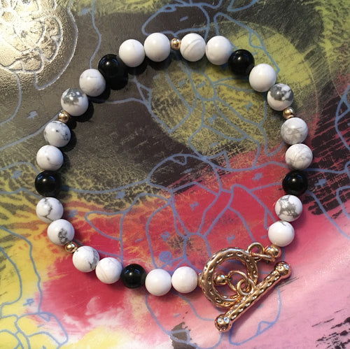 Howlite and Obsidian 6.5mm Round Bead Bracelet 7-3/4