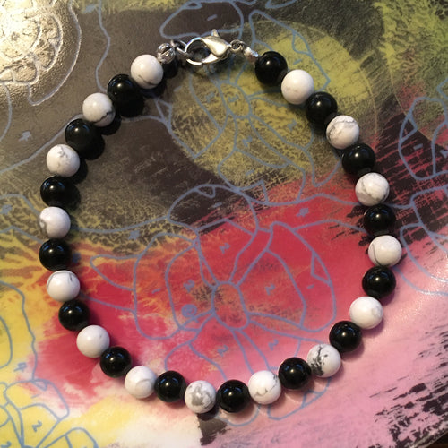 Howlite and Obsidian 6.5mm Round Bead Bracelet 8