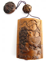 Load image into Gallery viewer, Chicken Motif Carved Boxwood Geisha Inro Box