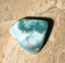 Load image into Gallery viewer, Larimar Pocket and Palm Stone