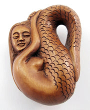 Load image into Gallery viewer, Resting Mermaid Japanese Netsuke Bead