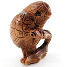 Load image into Gallery viewer, Bird bead Boxwood Ojime Bead