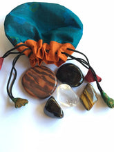 Load image into Gallery viewer, Protection Stones - Starter crystal kit of five stones in a silk sari drawstring pouch