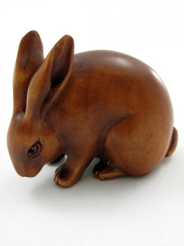 Bunny Bead of Bunny Eating Grass Boxwood Netsuke Bead