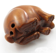 Load image into Gallery viewer, Bunny Bead of Bunny Eating Grass Netsuke Bead