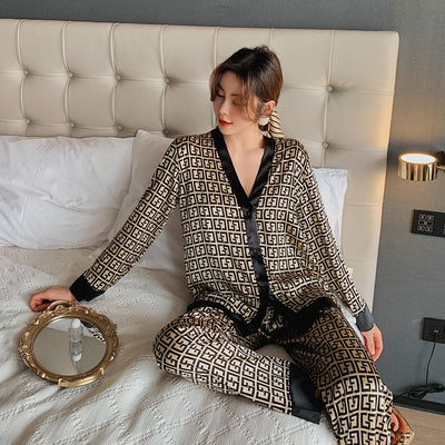 2021 Spring Women's Pajamas Set New Luxury Style Fashion Cross Letter Print Sleepwear Silk Like Leisure Home Clothes Nightwear - Exclusive Fashions