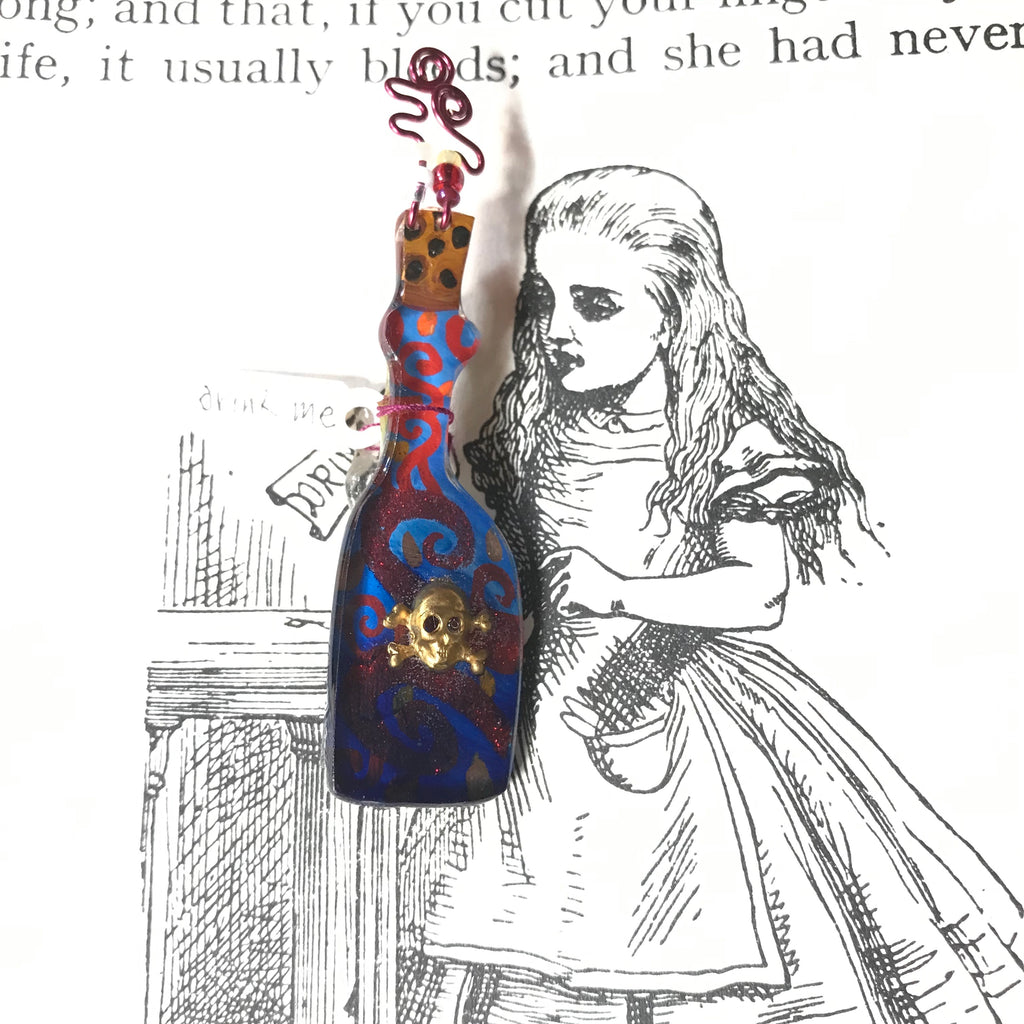 Alice in Wonderland: Drink Me Bottle