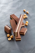 Load image into Gallery viewer, venchi-chocolate-Cubigusto-Triplo-Gianduja-Small-Bar (4465855135876)