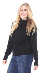 BLACK SOFT KNIT SWEATER