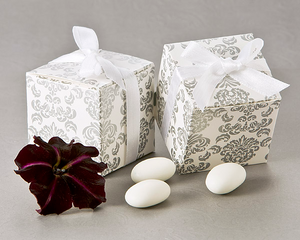 Classic Damask Square Favor Box (24 Pack) Favor - ArtisanoDesigns